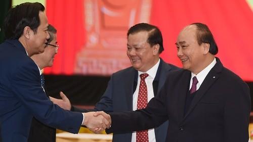 Thủ tướng Nguyễn Xuân Phúc cùng các đại biểu dự hội nghị - Ảnh: VGP/Quang Hiếu