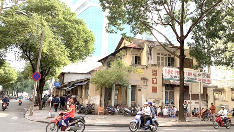 """TP Hồ Chí Minh: Hơn 6.200m2 đất công bị Vinafood 2 """"hô biến"""" sang tư nhân thế nào?"""