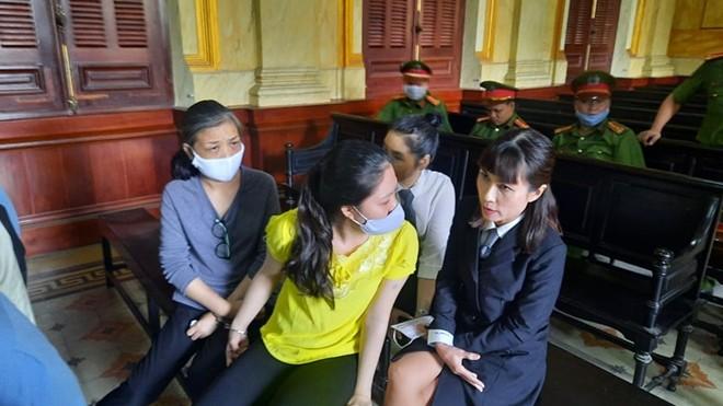"""Xét xử đường dây đưa người sang Campuchia bán thận: Bị cáo tự nhận hành vi của mình """"vô nhân đạo"""""""