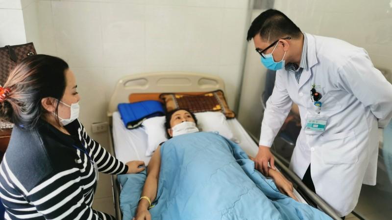 Bệnh nhân Niê điều trị tại Bệnh viện Đa khoa Thiện Hạnh.