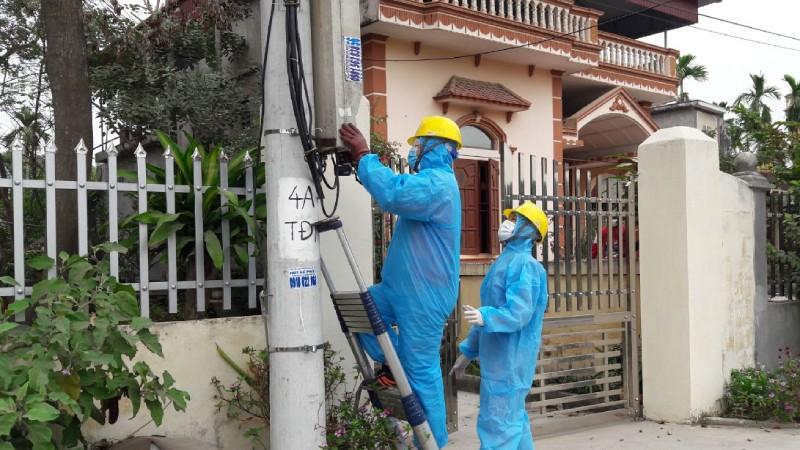 Quảng Ninh,Hải Dương: Cách ly tập trung lực lượng trực vận hành điện