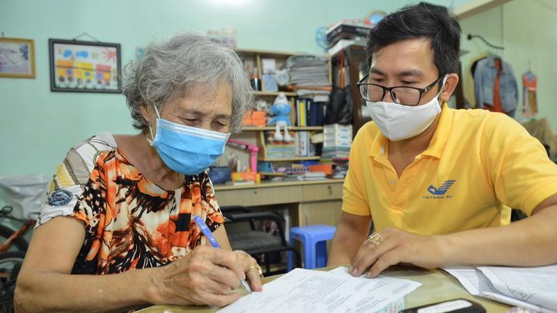 Nhận lương hưu, trợ cấp bảo hiểm xã hội tại nhà ở phường Tân Định, quận 1, TP HCM.