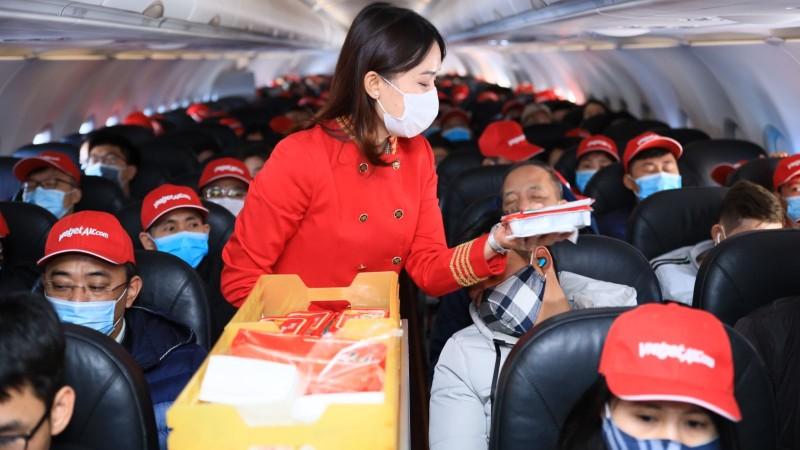 Vietjet khai thác chuyến bay đầu tiên đến sân bay Vân Đồn ngày mở lại