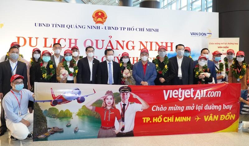 """Vietjet """"xông đất"""" sân bay Vân Đồn năm mới Tân Sửu"""