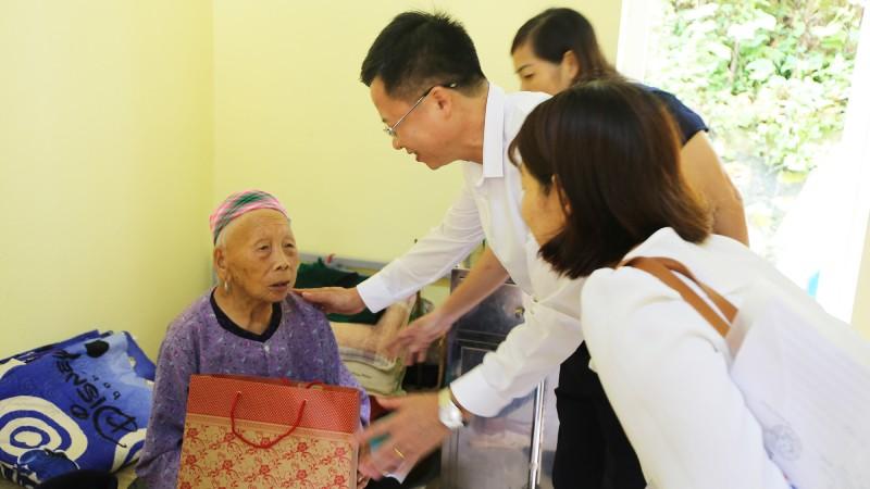 Từ 1/7/2021: Tăng mức trợ cấp xã hội cho 8 đối tượng bảo trợ xã hội