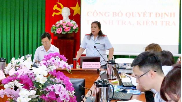 Bà Nguyễn Thu Hương - Trưởng Đoàn Thanh tra phát biểu tại buổi làm việc.