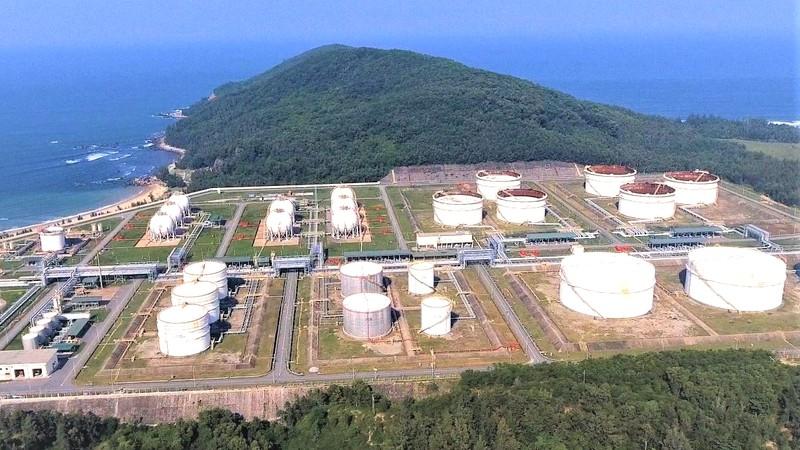 Công ty Lọc hóa dầu Bình Sơn.