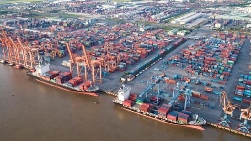 Tái cơ cấu doanh nghiệp hàng hải: Bán tàu lỗ, cổ phần hóa doanh nghiệp yếu