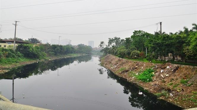 Người dân kêu trời vì ô nhiễm sông Đáy, sông Nhuệ