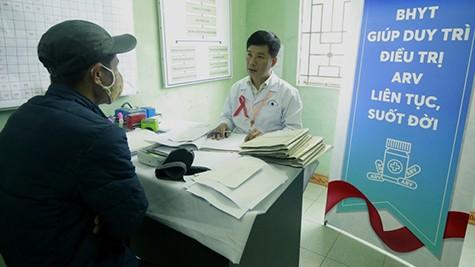 Những bệnh nhân nhiễm HIV đã được nhận thuốc ARV từ nguồn bảo hiểm y tế.