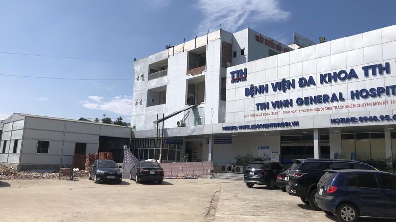 """Bệnh viện Thái Thượng Hoàng Vinh (Nghệ An): Tỉnh bắt tháo dỡ, công trình vi phạm hai năm vẫn """"trơ trơ"""""""