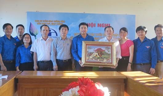 Hành trình tình nguyện trên quê hương Bác Hồ của Đoàn Thanh niên Bộ Tư pháp