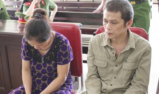Hai vợ chồng 'chia nhau' 31 năm tù