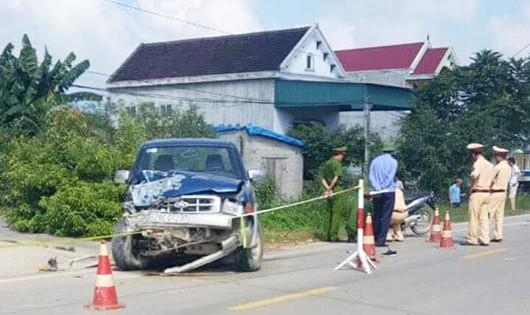 Chủ tịch xã điều khiển xe ô tô đâm chết hai người