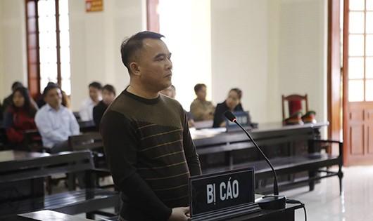 Bị cáo Nguyễn Đại Hiền nhận 15 năm tù giam vì lừa đảo chiếm đoạt 3,2 tỷ đồng tiền chạy việc.