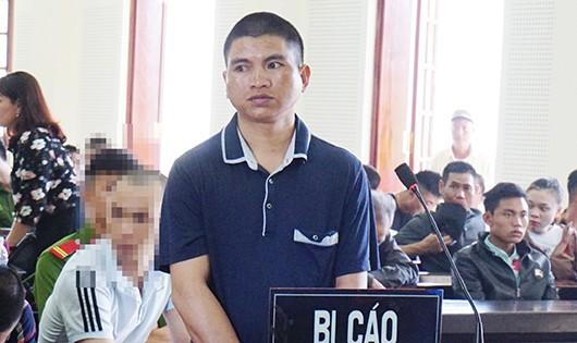 Ảo giác, đâm chết bạn tại Lào rồi bơi về Việt Nam