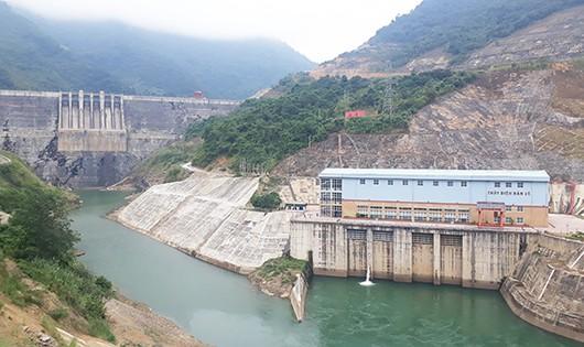 Hình tư liệu Thủy điện Bản Vẽ tại huyện Tương Dương