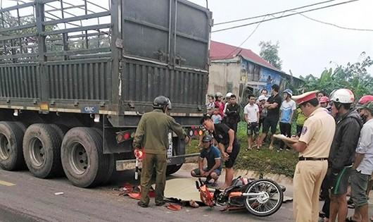 Hiện trường vụ tai nạn (ảnh D Hoàng)
