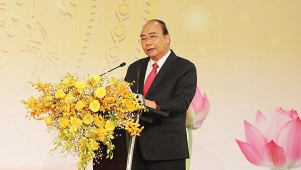 Thủ tướng chính phủ Nguyễn Xuân Phúc tại Hội nghị gặp mặt các nhà đầu tư Xuân Kỷ Hợi lần thứ 11 của Nghệ An