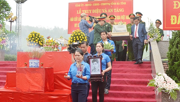7 hài cốt liệt sĩ, quân tình nguyện và chuyên gia Việt Nam đã được tìm thấy trên đất Lào