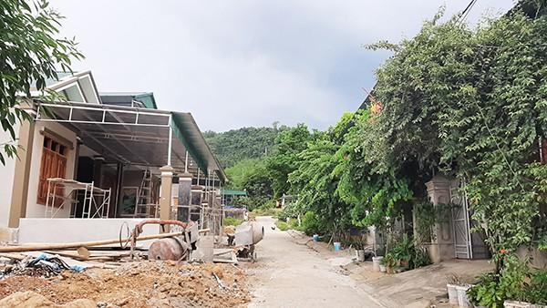 Dự án tái định cư thủy điện Khe Bố: Xem lại quy trình giao đất cho 20 cán bộ