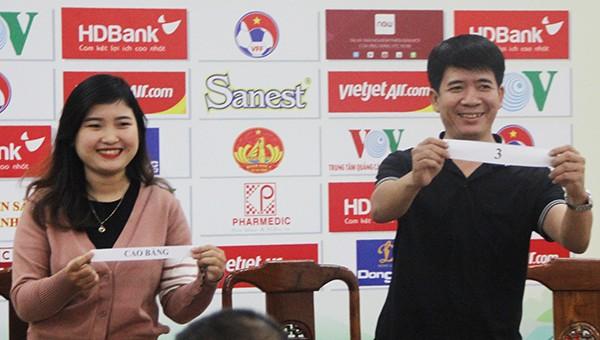 Bốc thăm chia cặp thi đấu vòng tròn 1 lượt tính điểm tại buổi họp báo