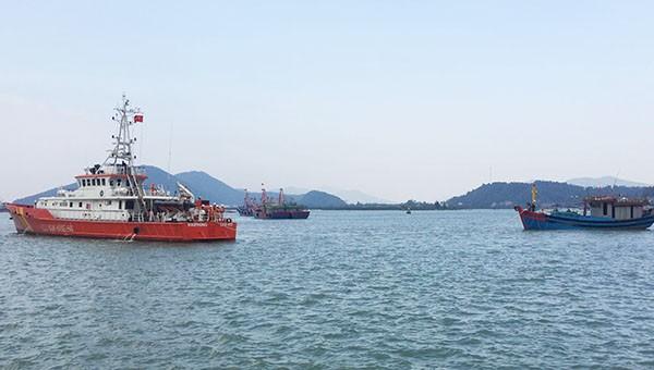 Cứu hộ 6 thuyền viên gặp nạn trên biển