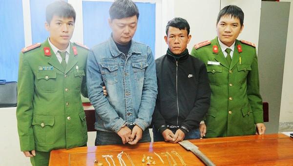 Tiêu hết tiền trộm cắp lại bắt xe từ Gia Lai ra Hà Tĩnh 'hành nghề'