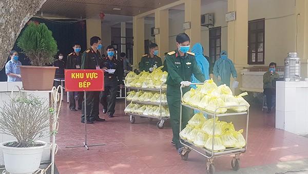 Khu cách ly hơn 400 công dân từ Lào, Thái Lan trở về tại Nghệ An