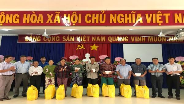 Sở Tư Pháp Phú Yên tổ chức nhiều hoạt động tri ân 73 năm Ngày Thương binh - Liệt sĩ.