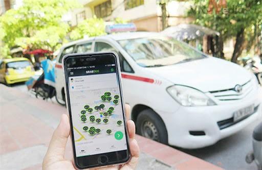 Taxi truyền thống có còn đổi mới khi dừng thí điểm taxi công nghệ