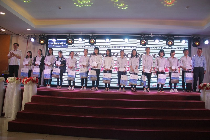 """""""Chắp cánh ước mơ"""" là hoạt động thường niên của Công ty Formosa Hà Tĩnh."""