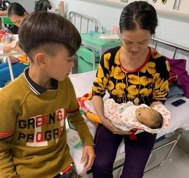 Vi Quyết Chiến đã gặp gia đình yêu thương của mình tại Hà Nội