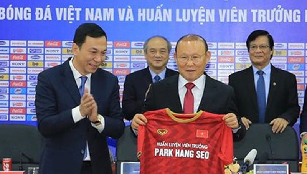 Ông Park sẽ có thêm 3 năm gắn bó với bóng đá Việt Nam với nhiều tham vọng lớn hơn.