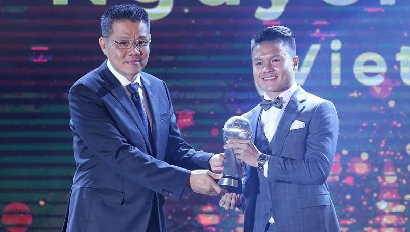 Quang Hải được trao băng đội trưởng ĐT U22