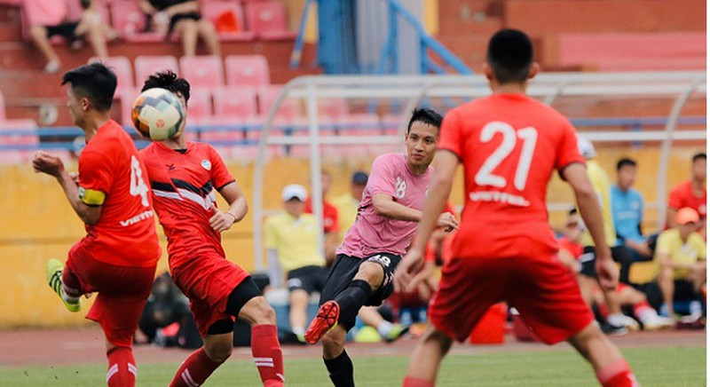 Hùng Dũng trong màu áo CLB Hà Nội có khả năng đoạt Quả bóng Vàng 2019