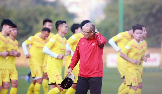 Lối chơi của đội tuyển Việt Nam đang bị bắt bài