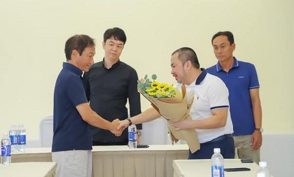 """Sài Gòn FC """"thay ngựa giữa dòng"""""""