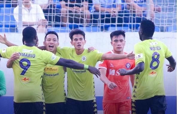 CLB bóng đá Hà Nội sẽ có thử thách tại Hòa Xuân