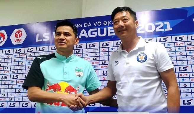 Cả Kiatisak và Huỳnh Đức có nhiều duyên nợ từ khi là cầu thủ cho tới sự nghiệp HLV