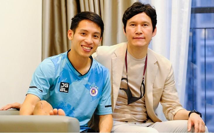 Hùng Dũng về Hà Nội sau đợt điều trị chấn thương kinh hoàng