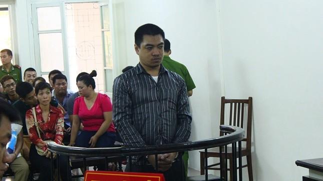 Hồng Quang Huy trước vành móng ngựa.