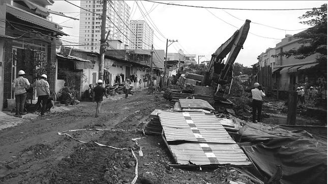 Khúc kênh Tân Hóa này là đất của gia tộc ông Bùi Văn Phước.