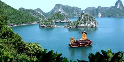 Việt Nam đang là một trong những điểm đến du lịch hấp dẫn đối với người Nga.  Ảnh minh họa.