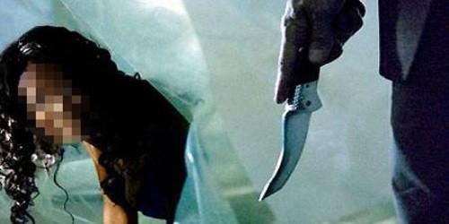 Nghi vợ ngoại tình, dùng dao giết vợ, hại con