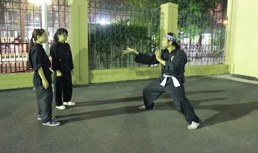 Kỳ lạ chuyện thầy mù dạy võ ở Hà Nội