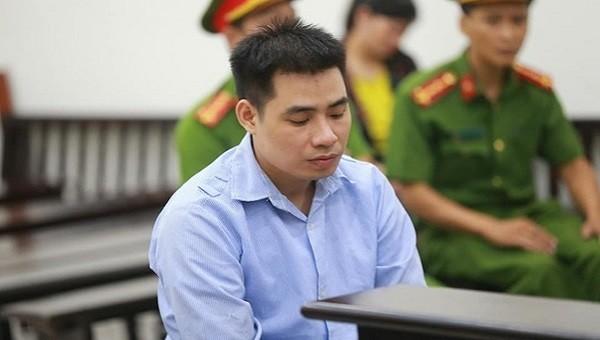 Gã bán thịt lợn xâm hại bé gái Hà Nội trong vườn chuối chấp nhận án chung thân
