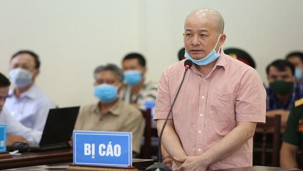 """Bị cáo buộc lừa đảo chiếm đoạt hơn 525 tỷ đồng của QCHQ, Út """"trọc"""" khai gì tại tòa?"""