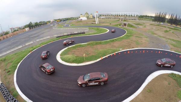 Trải nghiệm Honda City tại trường đua chuyên nghiệp nhất Việt Nam