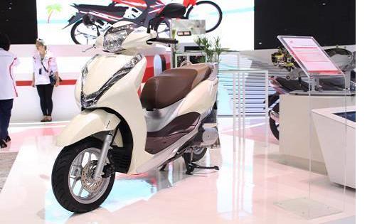 Phiên bản LEAD 125cc hoàn toàn mới tại Triển lãm Mô tô, Xe máy Việt Nam 2017
